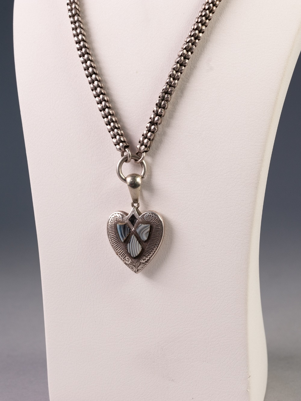 "VICTORIAN SILVER COLOURED METAL SQUARE SECTION LINK NECKLACE, 18"" long and the VICTORIAN HEART - Image 2 of 2"