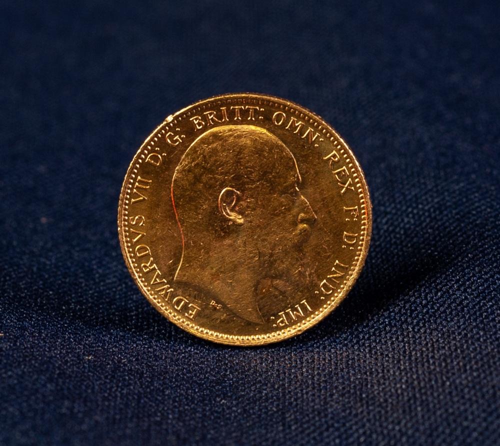 Lot 39 - EDWARD VII (1905) MELBOURNE MINT GOLD SOVEREIGN (EF)