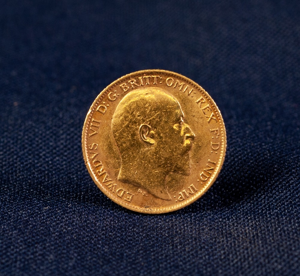 Lot 40 - EDWARD VII (1906) SYDNEY MINT GOLD HALF-SOVEREIGN (EF)