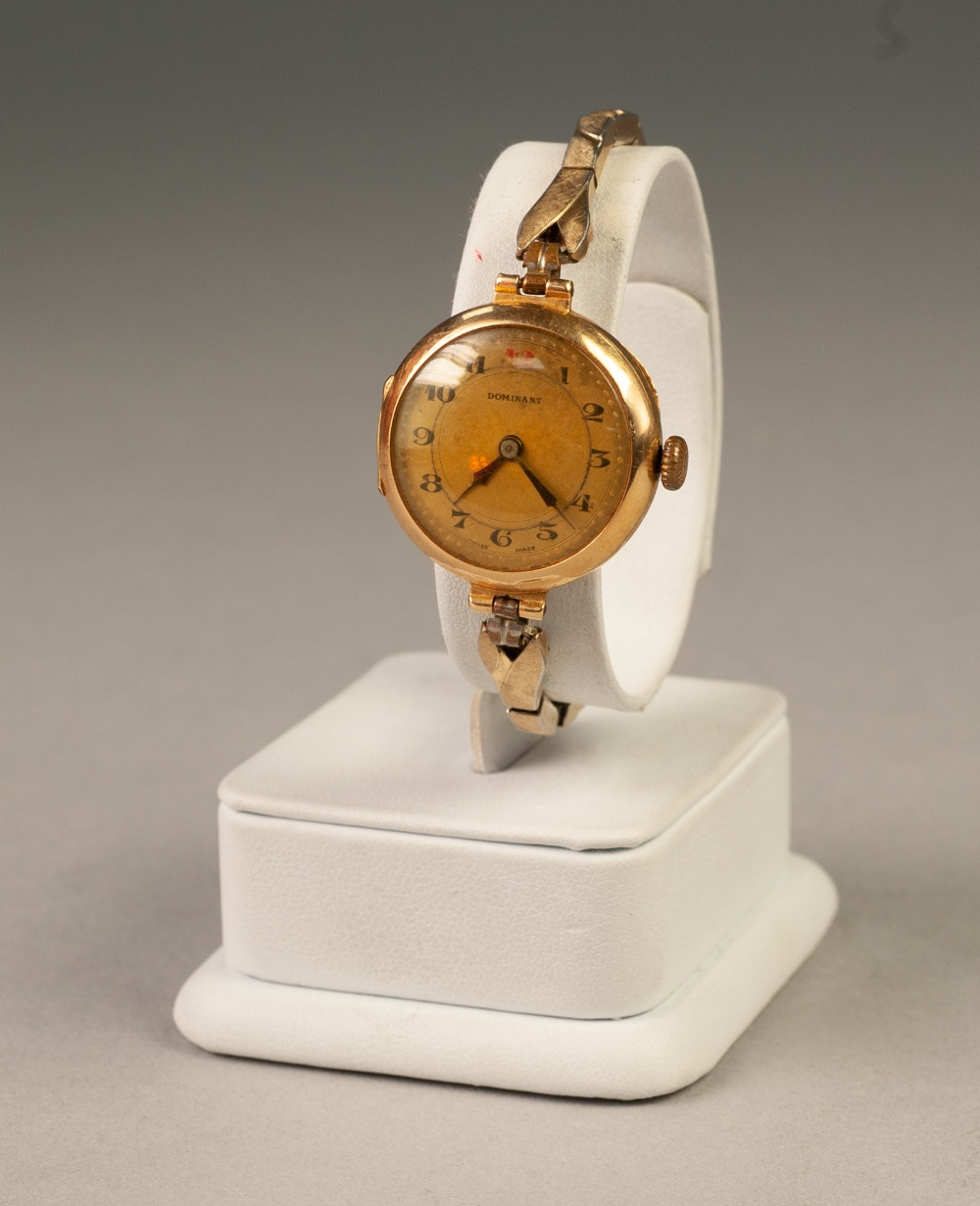 Lot 17 - LADY'S 'DOMINANT' SWISS WRIST WATCH, with 9ct gold circular case, 18 jewels movement, Arabic dial,