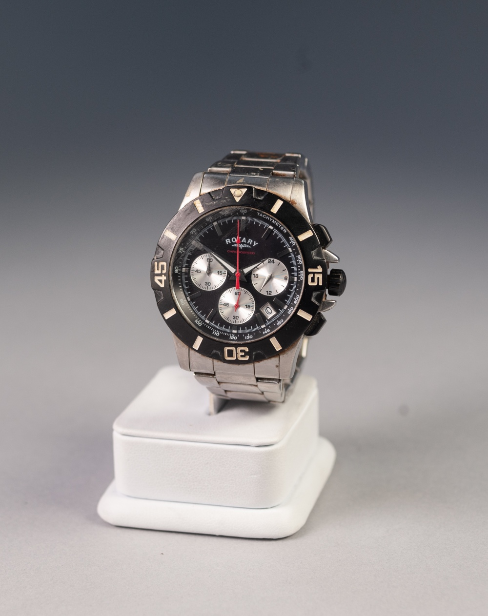 Lot 27 - ROTARY QUARTZ CHRONOSPEED WRIST WATCH, with black dial, with three subsidiary seconds dial and