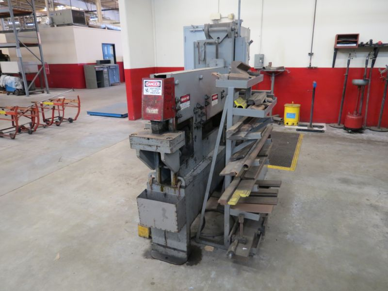 Lot 20 - 150 Ton Midwest 150-50DE Iron Worker, w/ dies, s/n 8-1116