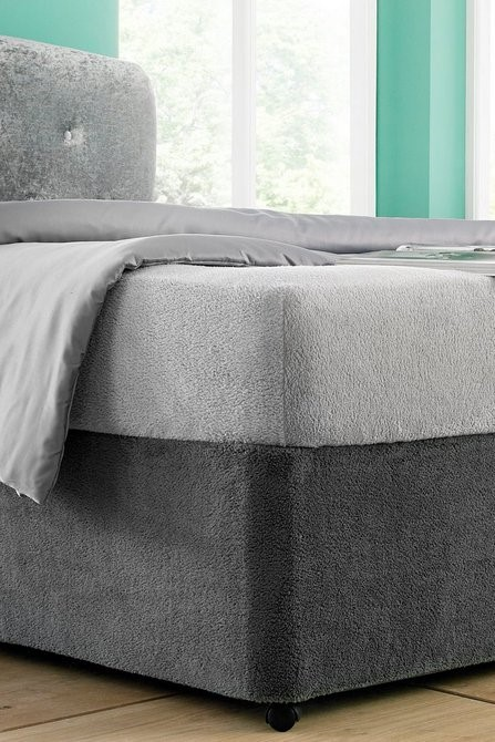 Lot 46 - 1 BAGGED ULTRA COSY BASE WRAP IN CHARCOAL GREY / SIZE: SINGLE (PUBLIC VIEWING AVAILABLE)