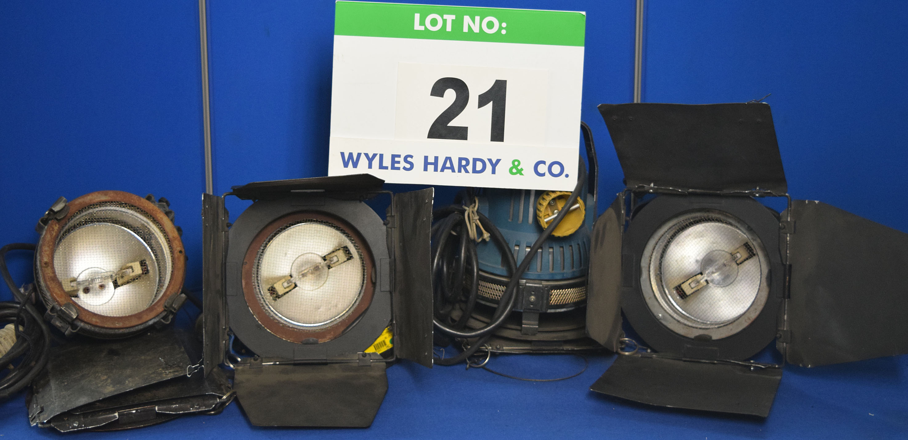Lot 21 - Four ARRI Arrilight 800 800W Lights each with fitted Barn Doors, Stirrup mount and Switched Power