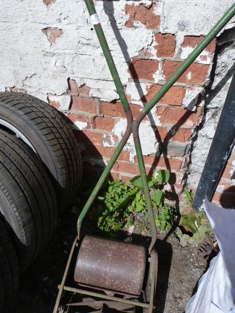 Lot 21 - Vintage Lawnmower