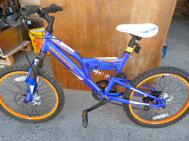 Lot 2 - Child's Cyborg Muddyfox Mountain Bike
