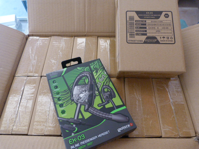 Lot 56 - *Box of 24 EX03 Inline Message Headsets for Xbox 360