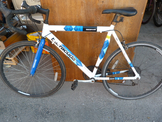 Lot 11 - Baracuda Racing Bicycle