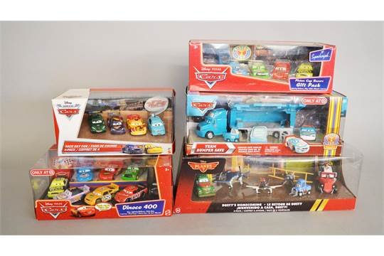 Five Disney Pixar Cars and Planes diecast gift packs, Race