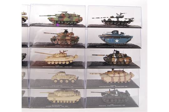 A good collection of 20x assorted Del Prado 1:72 scale