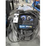Miller Millermatic 252 Arc Welding Power Source and Wire Feeder s/n ME072937N (SOLD AS-IS - NO