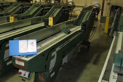 Lot 31 - FAEUILTAULT MDL 3000 SB MAGAZINE FEEDER, 16' L FEEDER W/ STAINLESS STEEL ROLL TOP CONVEYOR &