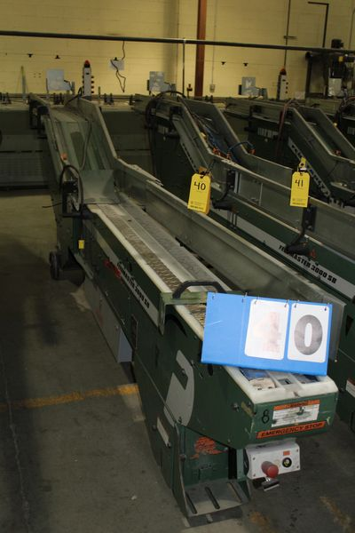 Lot 40 - FAEUILTAULT MDL 3000 SB MAGAZINE FEEDER, 16' L FEEDER W/ STAINLESS STEEL ROLL TOP CONVEYOR &