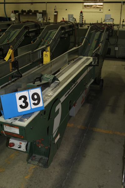Lot 39 - FAEUILTAULT MDL 3000 SB MAGAZINE FEEDER, 16' L FEEDER W/ STAINLESS STEEL ROLL TOP CONVEYOR &