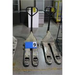 Lot 9 - CROWN PALLET JACK, 2500 LB CAP