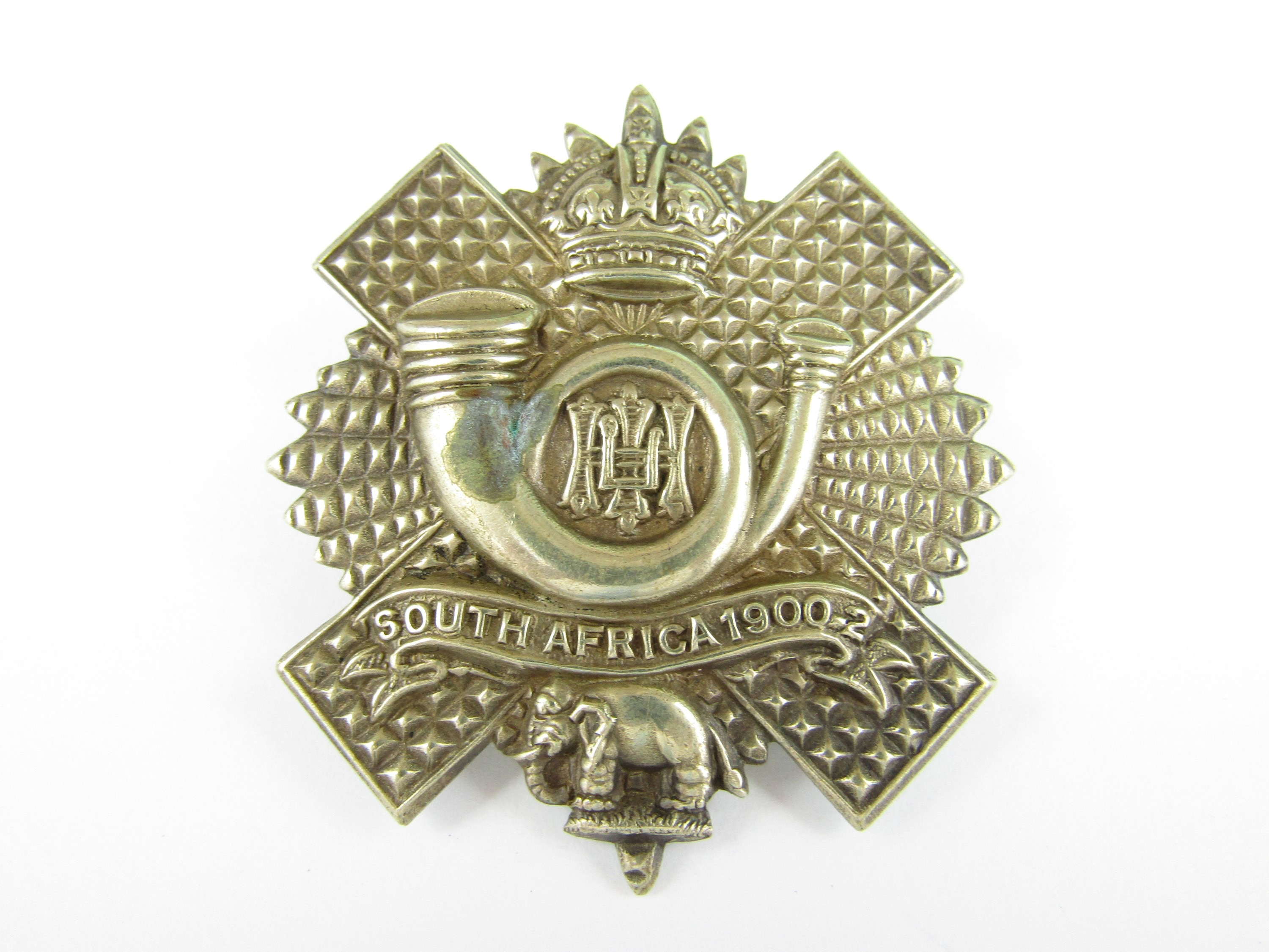 Lot 30 - A 6th Battalion HLI other rank's cap badge