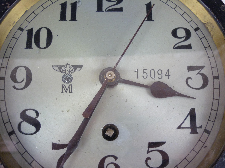 Lot 50 - A German Third Reich Kriegsmarine / U-Boat bulkhead clock