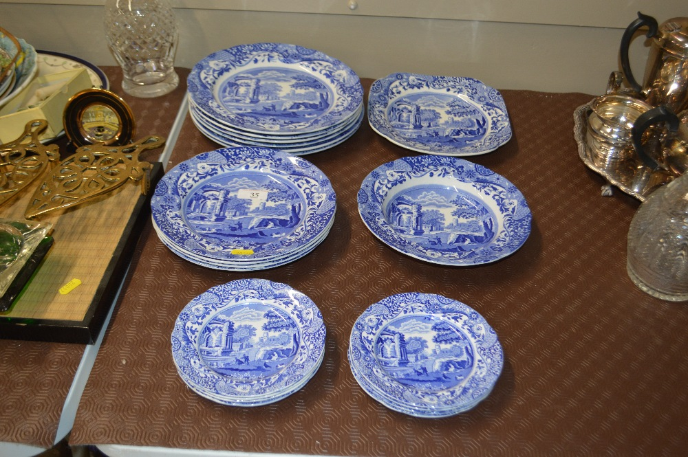 "Lot 35 - A quantity of Copeland Spode ""Italian"" patterned p"