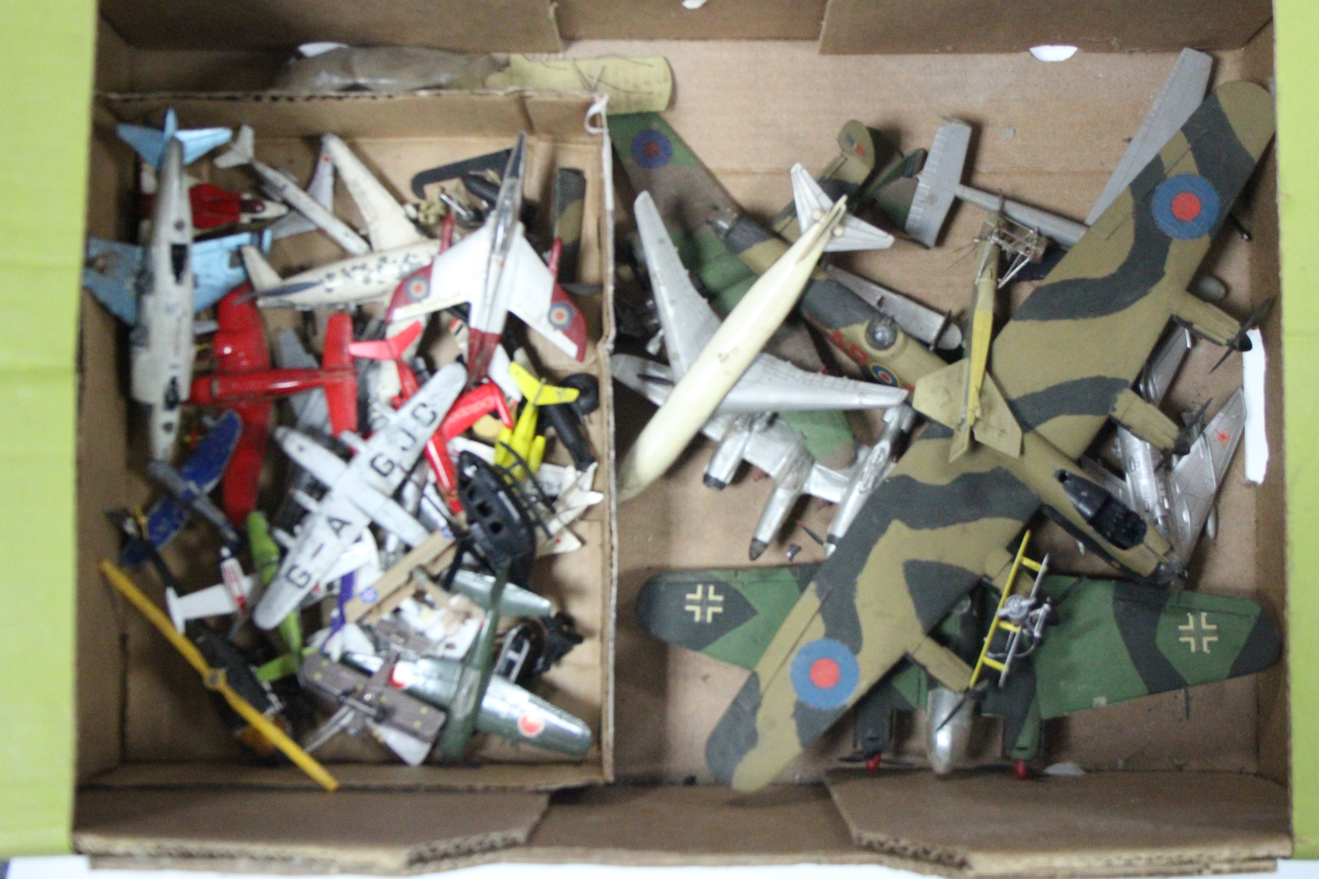 "Lot 240 - Two Air fix model aeroplane kits ""Consolidated Catalina"" & ""Hawker Siddeley Dominic"" both"