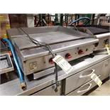 WOLF 3 STAGE FLAT GRIDLE, 36'' X 24'' COOKING SURFACE, GREASE TROUGH & CATCH PAN