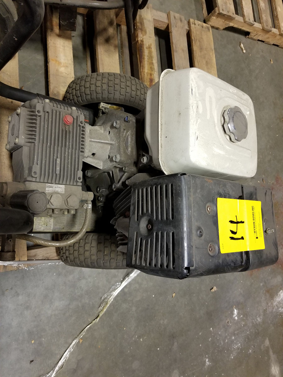 HONDA ZR3700COMMERCIAL GAS POWERED PRESSURE WASHER,13-HP GX390 ENGINE, 3,700 PSI, WAND AND (2) - Image 5 of 5