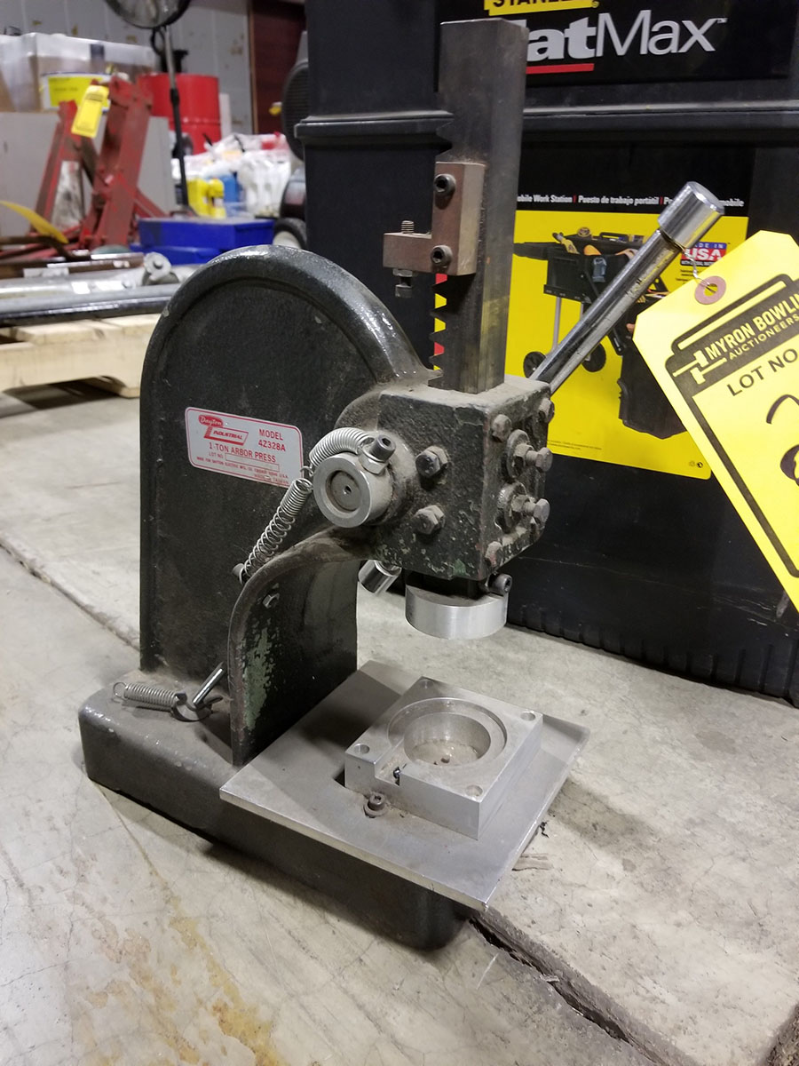 DAYTON 1-TON ARBOR PRESS, 4'' THROAT & STANLEY FAT MAX MOBILE WORKSTATION, LADDER TYPE FOLD OUT - Image 3 of 6