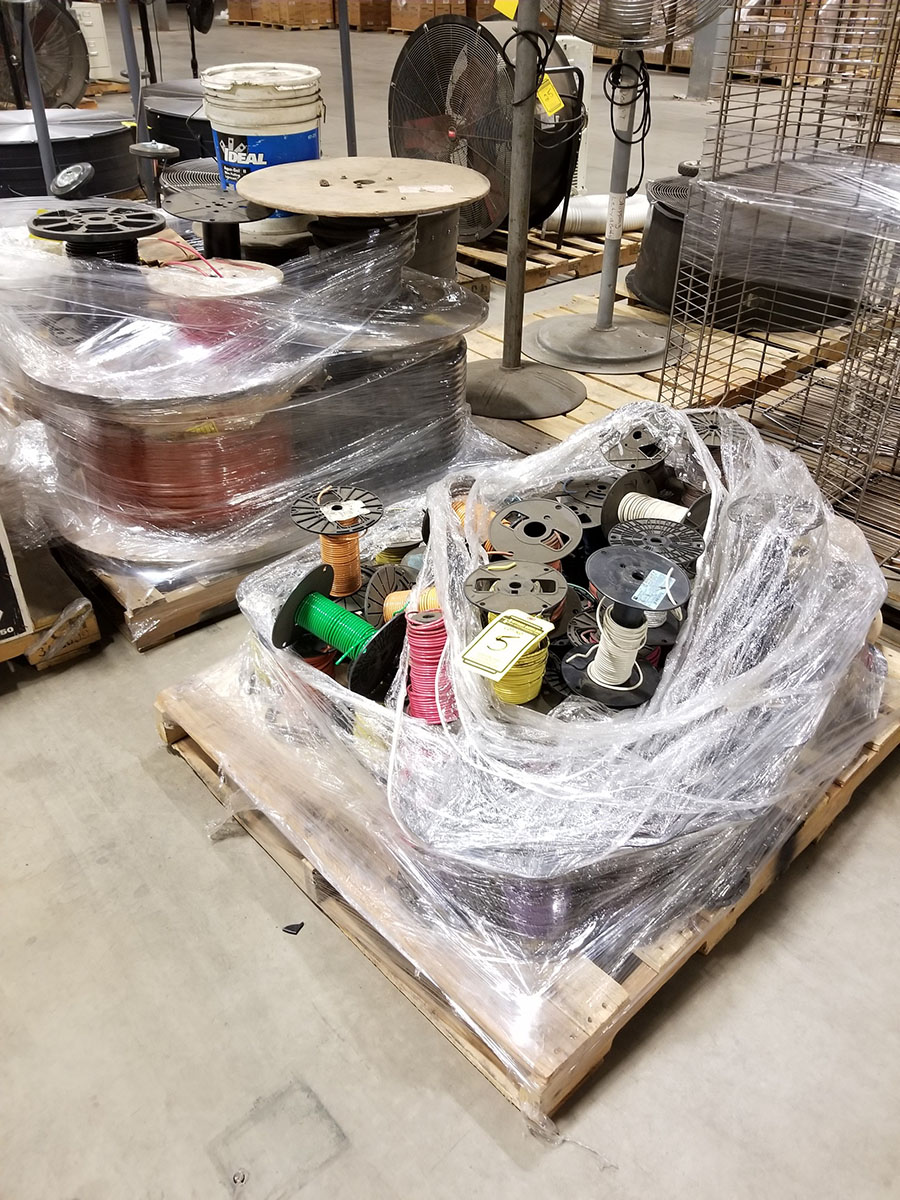(2) PALLETS OF (30+) ASSORTED SPOOLS OF LOW VOLTAGE STRAND COPPER WIRE, INSULATED, SOME BRAIDED &