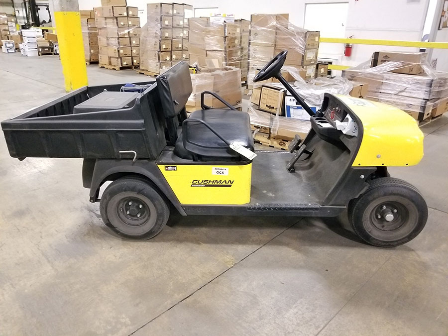 CUSHMAN COMMANDER GOLF CART