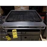 BAKERS PRIDE STAINLESS STEEL 8 BURNER COMMERCIAL GRILL, GREASE PANS, ANGLE DESIGN, 33'' X 24'' GRATE
