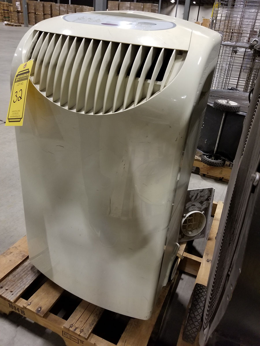 MAYTAG PORTABLE AIR CONDITIONER, MODEL M6P09S2A-B, 9,000 BTU CAPACITY, S/N DS963865 - Image 5 of 6