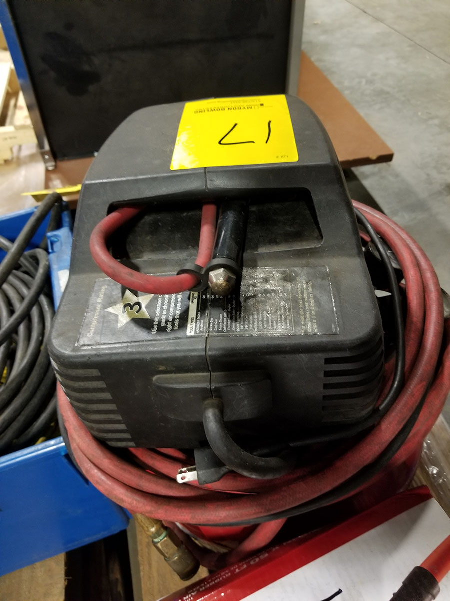 CRAFTSMAN PORTABLE PANCAKE COMPRESSOR, 2 HP-1HP, 4-GALLON, 150 PSI, SINGLE CYLINDER, OIL FREE, 3.7 - Image 3 of 8