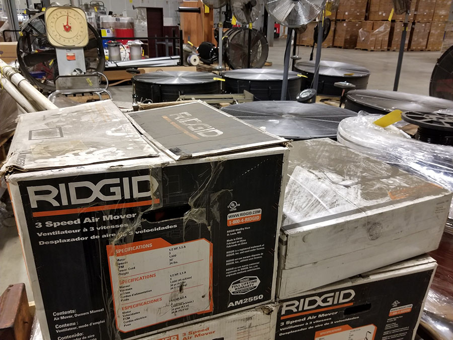 (1) RIDGID 30'' 3-SPEED FLOOR AIR MOVERS, RETRACTABLE HANDLE,1/2 HP, 1,600 SCFM (1) CLEANFREAK - Image 2 of 5