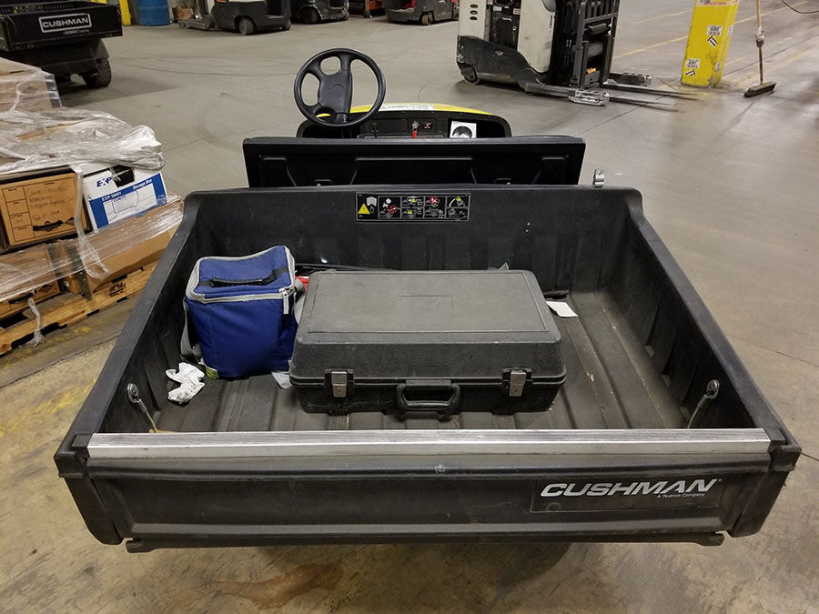 CUSHMAN COMMANDER GOLF CART - Image 3 of 7