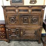 17TH CENTURY GEOMETRIC MOULDED OAK CUPBOARD HAVING ONE SINGLE DRAWER ABOVE FOUR CUPBOARDS,