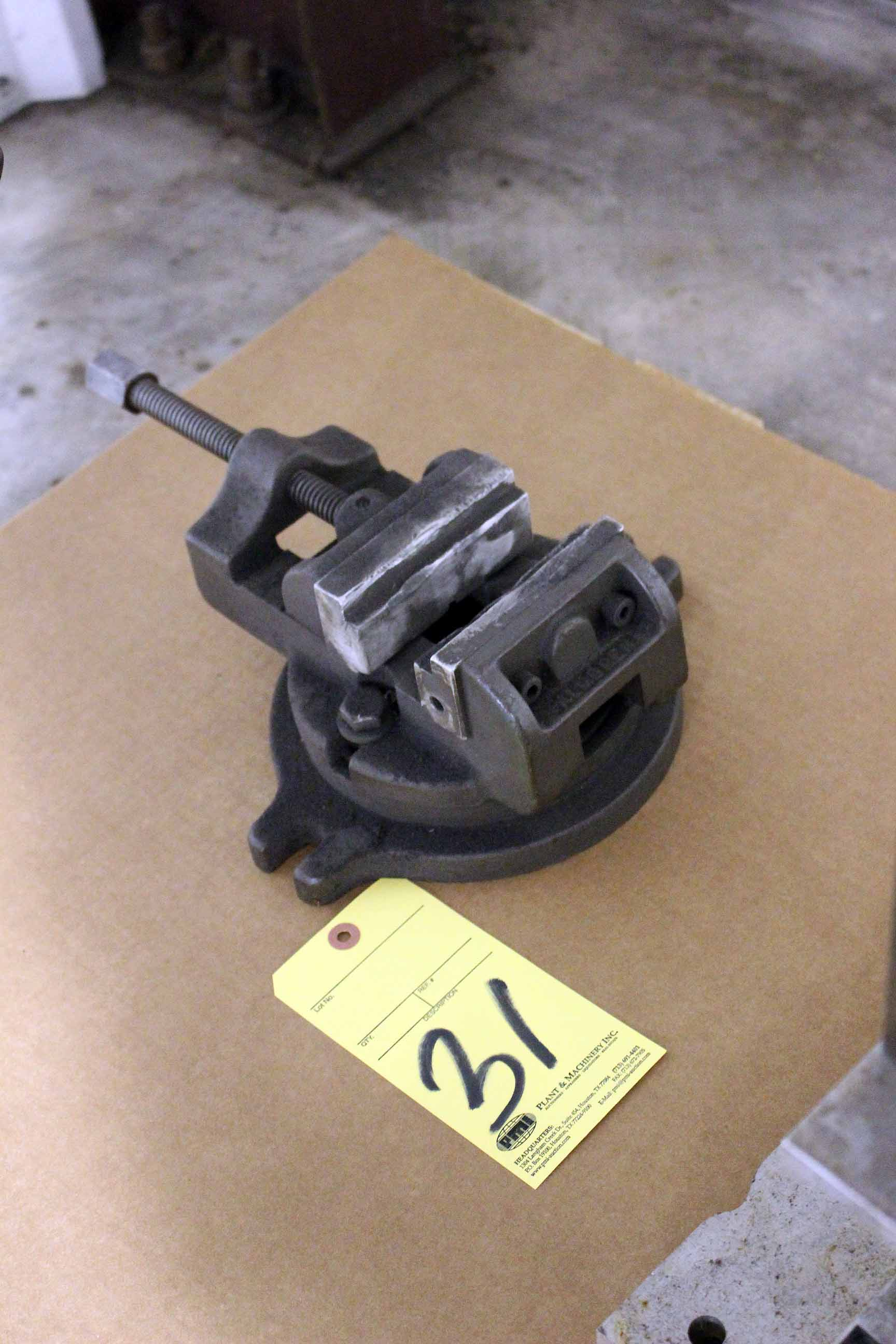 Lot 31 - BENCH VISE (Location A)