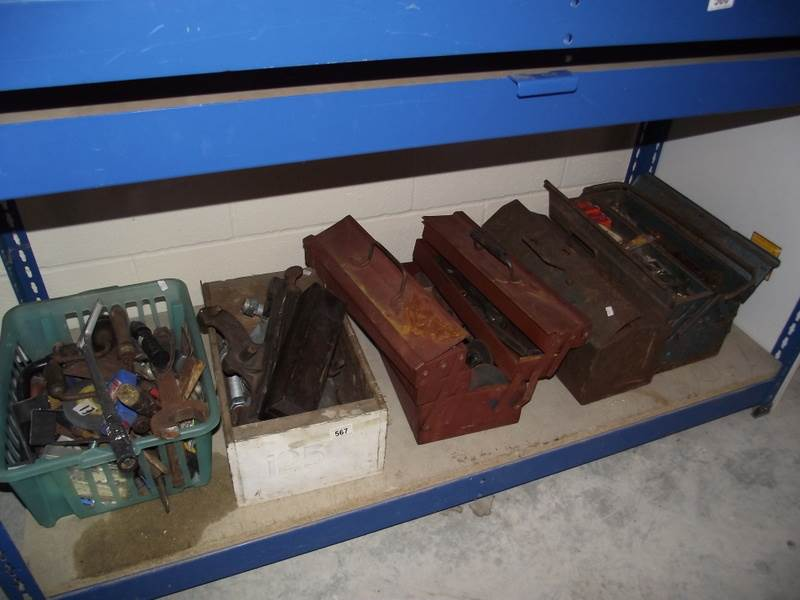 Lot 567 - 5 tool boxes and contents.
