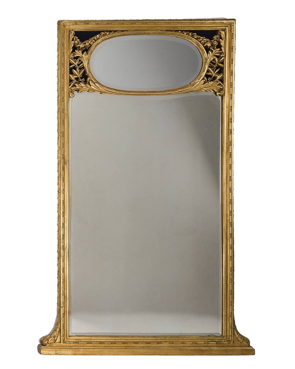 Lot 1057 - A large giltwood pier mirror