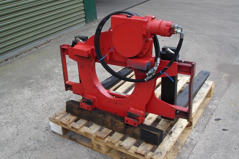 Lot 9 - SMC Euro Clamp Pallet Rotator