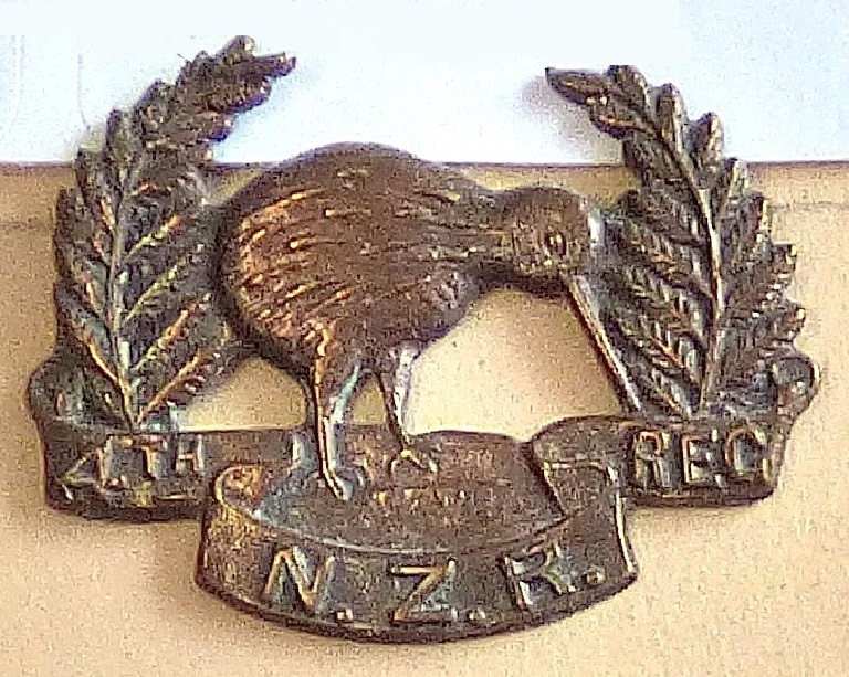 Lot 519 - New Zealand - 4th (Otago Rifles) Regiment - Bronze (smaller)