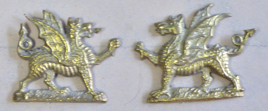 Lot 511 - British WWI The Welsh Regiment Officers Collar Badge Pair, nice facing pair (Brass, lugs)