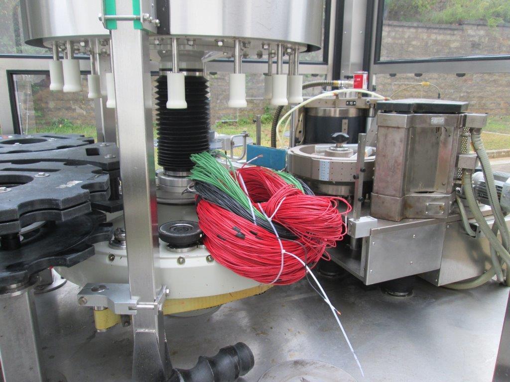 Sacmi Model OPERA 200RF 15-Station Roll Feed Rotary Labeler, S/N: M00251   Load Fee: $250 - Image 4 of 6
