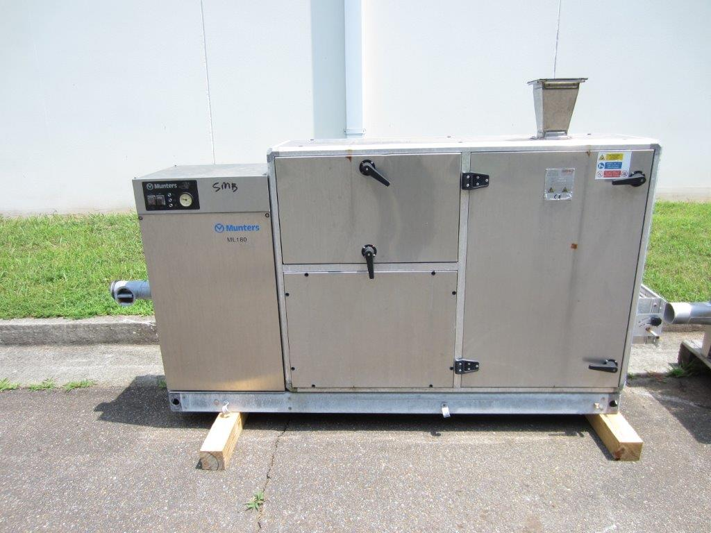 Munters Model MC-013 Dehumidification System For Blowmolder, S/N: OCO1219-01 | Load Fee: $100