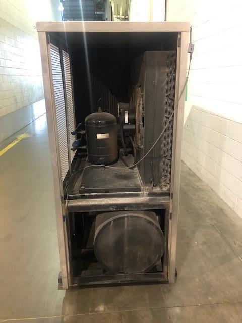 Filtrine Model PCP-500E-60A-WP-HTX Chiller, S/N: 6532-03 | Load Fee: $100 - Image 2 of 3