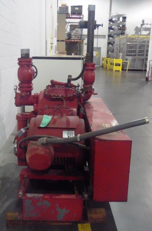 Vilter 100HP Ammonia Compressor, S/N: N/A | Load Fee: $100 - Image 3 of 3