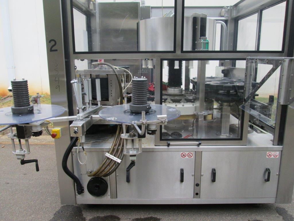 Sacmi Model OPERA 200RF 15-Station Roll Feed Rotary Labeler, S/N: M00251   Load Fee: $250 - Image 3 of 6