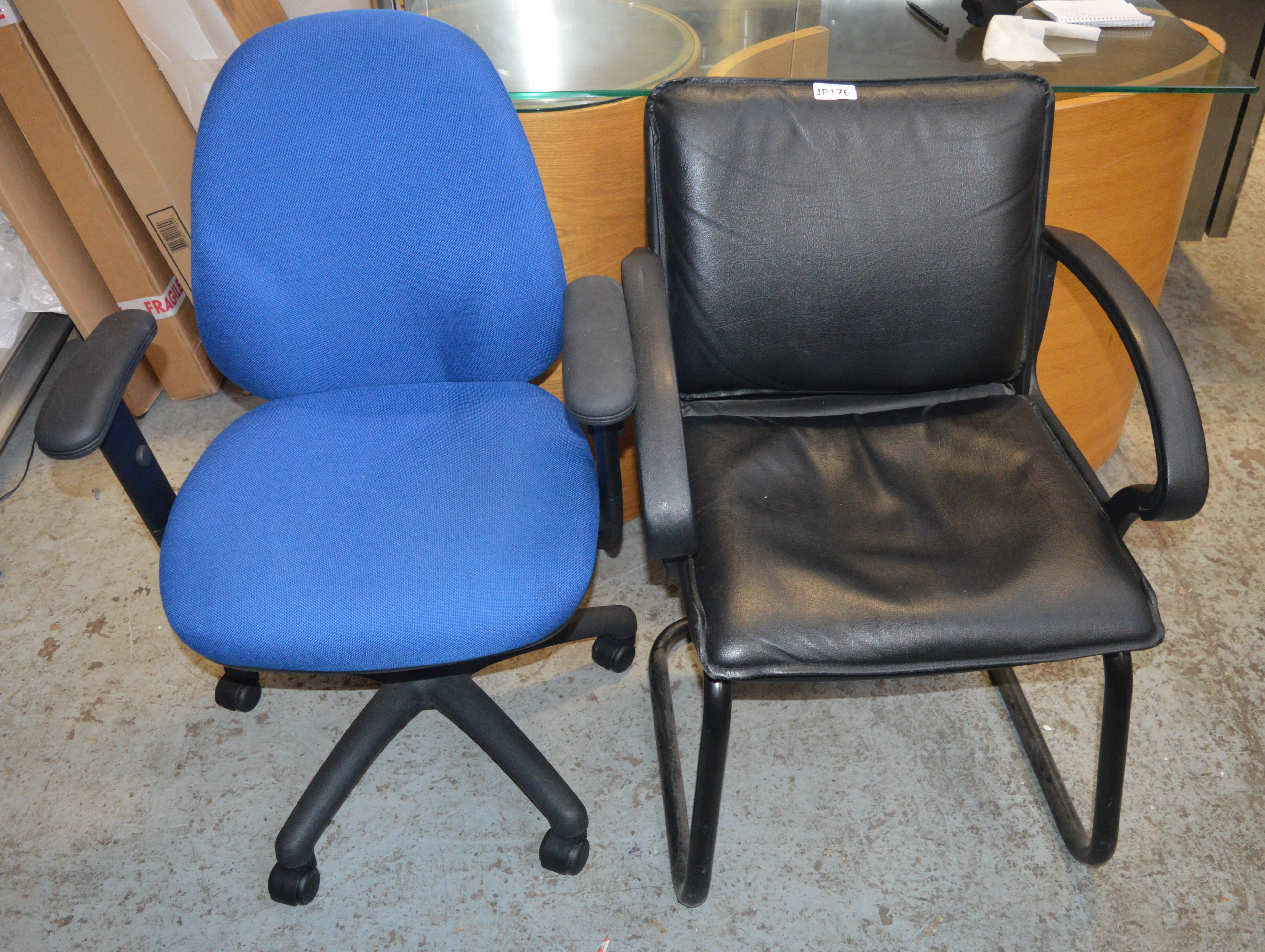 2 x Various Black Office Chairs *£1 Start - No Reserve* CL011 - Ref JP176