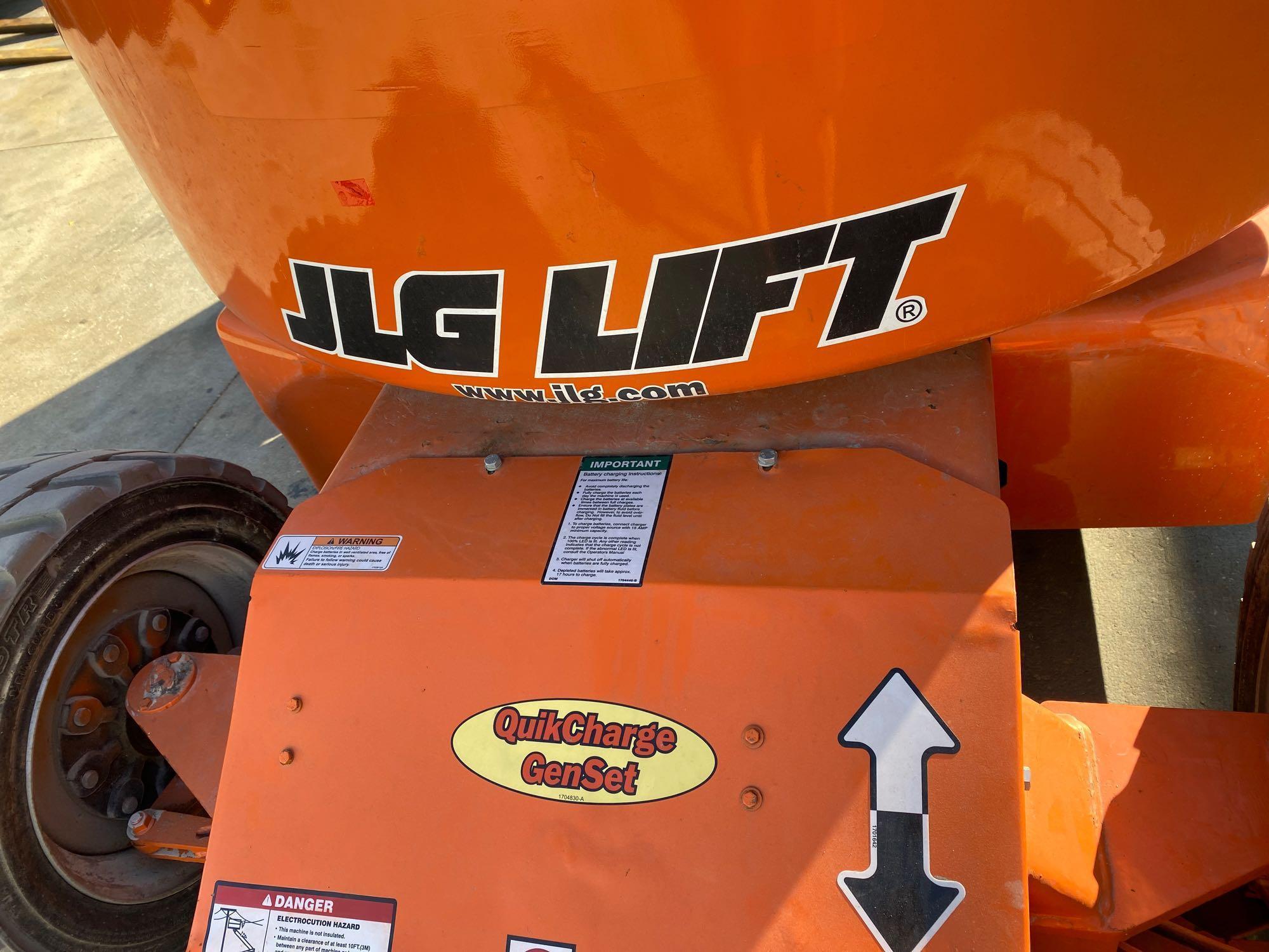 Lot 65 - JLG E450A ARTICULATING BOOM LIFT, ELECTRIC 45' PLATFORM HEIGHT, RUNS AND OPERATES
