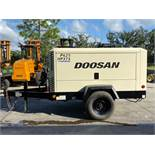 2013 DOOSAN P425/HP375 AIR COMPRESSOR, CUMMINS DIESEL, TRAILER MOUNTED, RUNS AND OPERATES