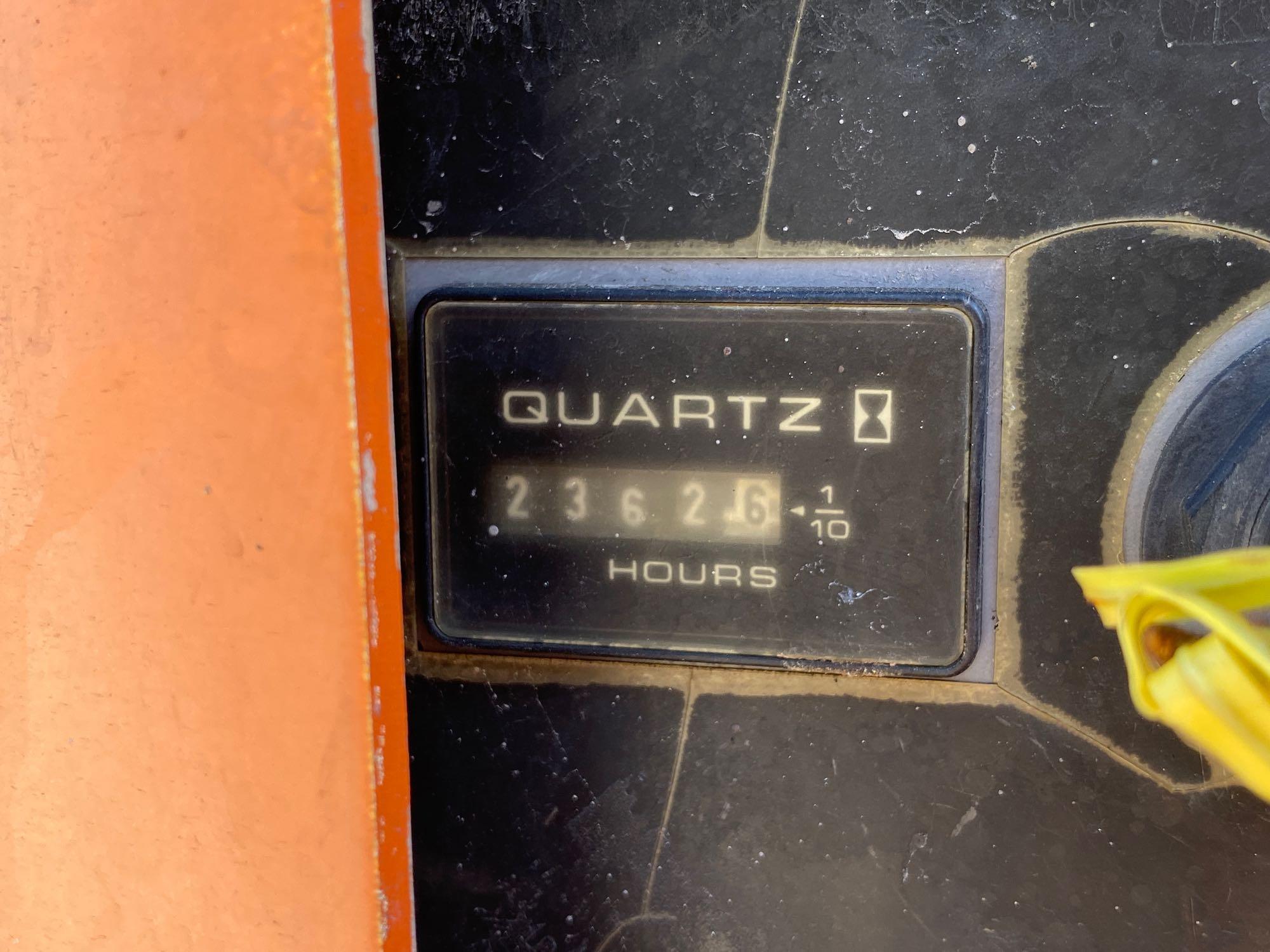 Lot 13 - JLG 450AARTICULATING BOOM LIFT, DIESEL POWERED, 45' PLATFORM HEIGHT, RUNS & OPERATES