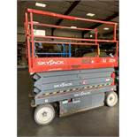 2014 SKYJACK SJIII 3226 ELECTRIC SCISSOR LIFT, SELF PROPELLED, 26' PLATFORM HEIGHT, BUILT IN BATTERY